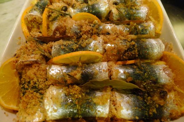 Sarde a beccafico piccanti al forno con arancia